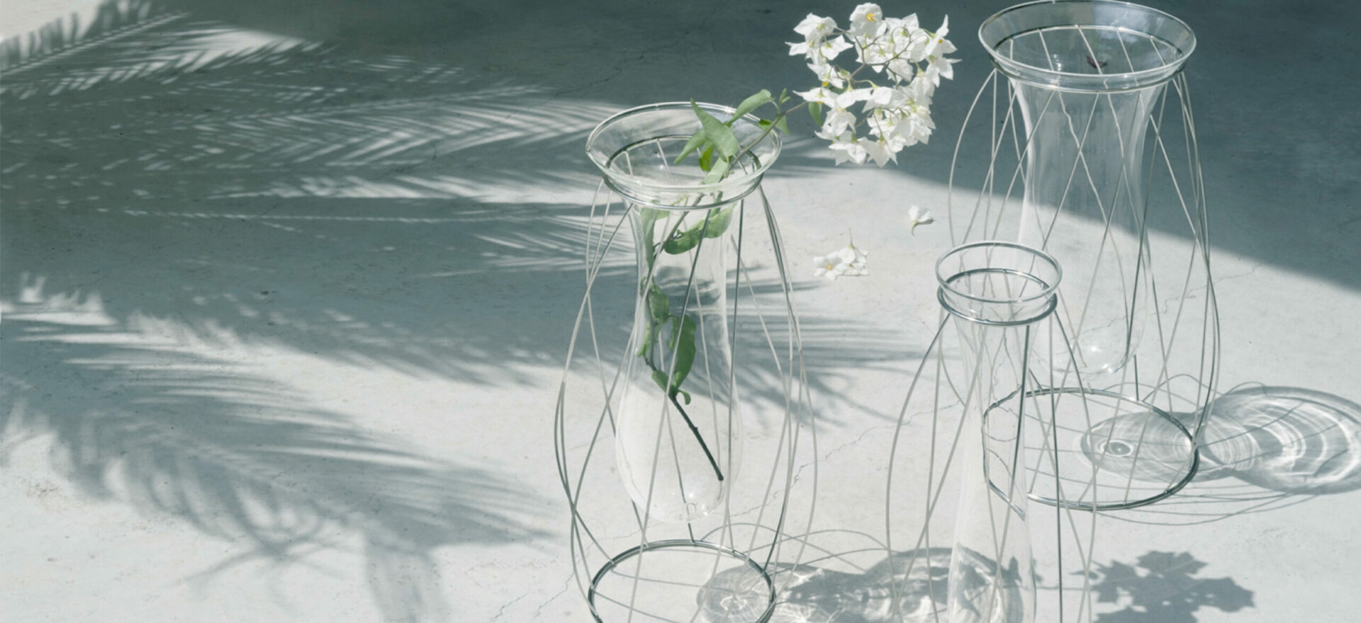Intanto_Alessi_Flower vases_Mario Trimarchi Design_Products Artworks